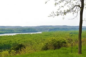 Potosi, WI Mississippi River View Property