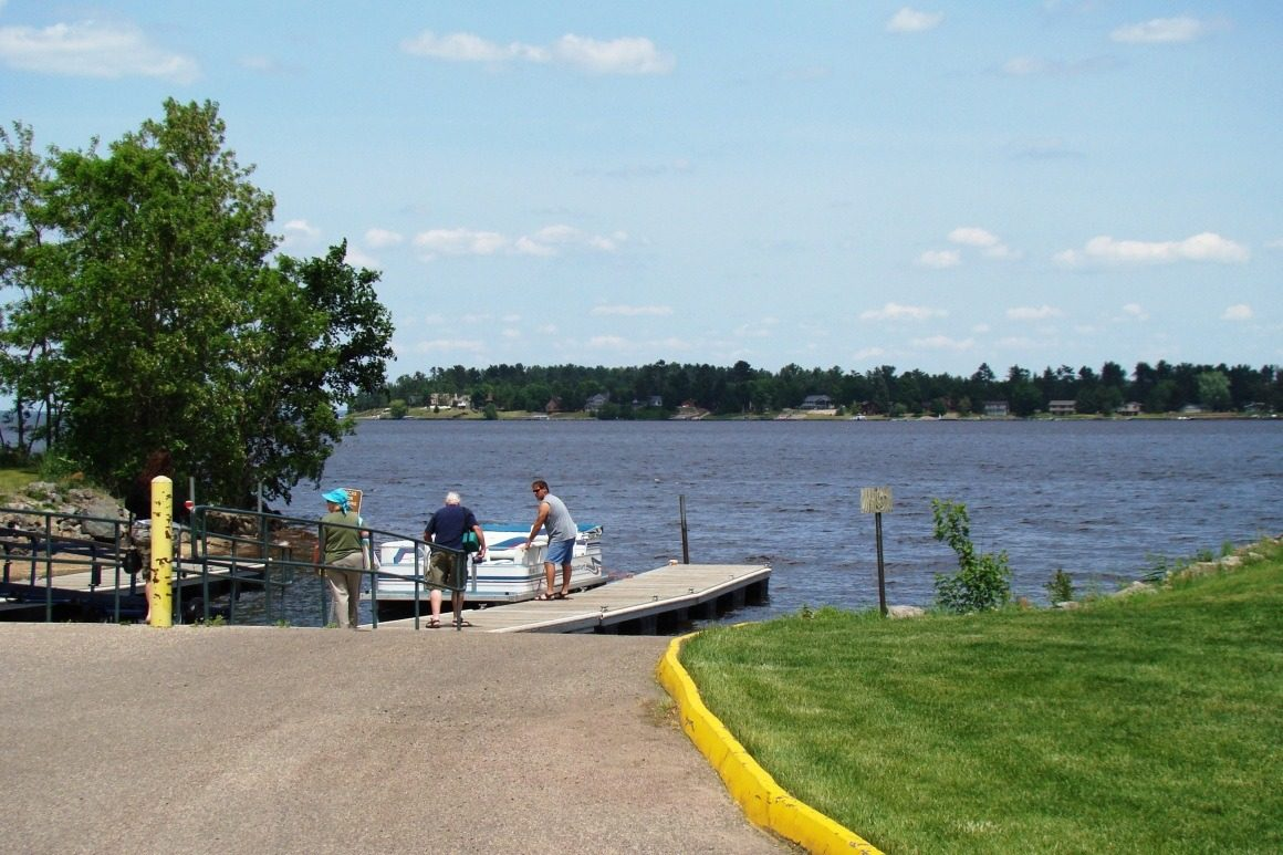 Lake Petenwell boat landing