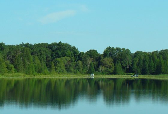 Central Wisconsin Dells Area Lakefront Property!